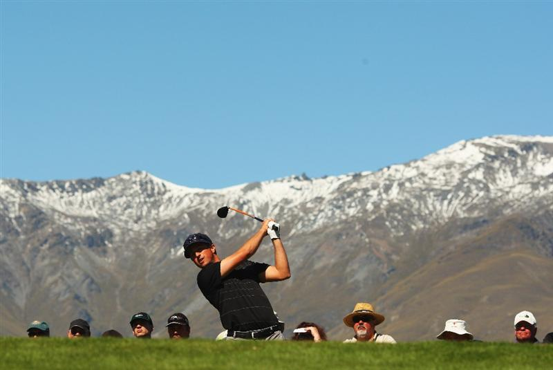 QUEENSTOWN, NEW ZEALAND - MARCH 14: Steve Friesen of the USA tees off on the 1st hole during day three of the New Zealand Men's Open Championship at The Hills Golf Club on March 14, 2009 in Queenstown, New Zealand.  (Photo by Phil Walter/Getty Images)