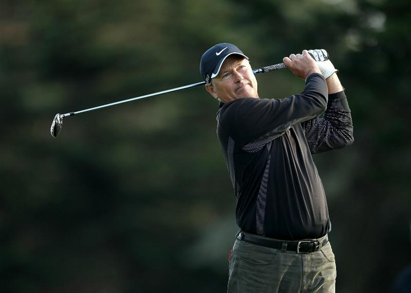 SAN FRANCISCO - NOVEMBER 07:  John Cook tees off on the 15th hole during the final round of the Charles Schwab Cup Championship at Harding Park Golf Course on November 7, 2010 in San Francisco, California.  (Photo by Ezra Shaw/Getty Images)