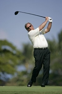 Fuzzy Zoeller in action during the first round of the 2006 Mastercard Championship  at Hualalai resort,  Kona, Hawaii. January 20,2006Photo by: Chris Condon/PGA TOUR