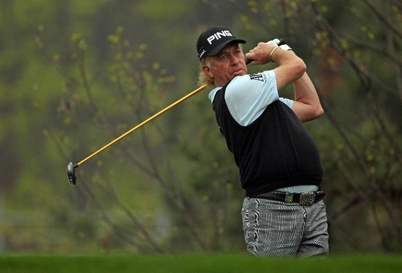 ICHEON, SOUTH KOREA - APRIL 30:  Miguel Angel Jimenez of Spain in action during the third round of the Ballantine's Championship at Blackstone Golf Club on April 30, 2011 in Icheon, South Korea.  (Photo by Andrew Redington/Getty Images)