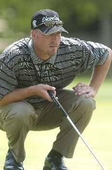 Brett Wetterich lines up his birdie putt on the 18th hole which would have given him the outright lead during the second round of EDS Byron Nelson Championship on Friday May 13, 2005 at the Cottonwood Vally Course, Los Colinas, TexasPhoto by Marc Feldman/WireImage.com