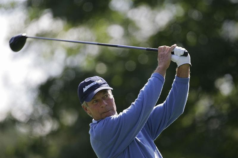 TIMONIUM, MD - OCTOBER 01:  Ben Crenshaw watches his drive during the first round of the Constellation Energy Senior Players Championship at Baltimore Country Club/Five Farms (East Course) held on October 1, 2009 in Timonium, Maryland. (Photo by Michael Cohen/Getty Images)