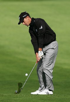 LA JOLLA, CA - JANUARY 24:  Charles Howell III hits a second shot on the 14th hole during the first round of the Buick Invitational at the Torrey Pines Golf Course January 24, 2008 in La Jolla, California.  (Photo by Harry How/Getty Images)
