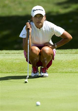 ROGERS, AR - SEPTEMBER 11:  Seon Hwa Lee of South Korea aims for a putt on the 18th hole during the second round of the P&G NW Arkansas Championship at the Pinnacle Country Club on September 11, 2010 in Rogers, Arkansas.  (Photo by Robert Laberge/Getty Images)