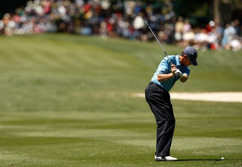 HILTON HEAD ISLAND, SC - APRIL 17:  Lee Janzen hits a shot on the 8th hole during the second round of the Verizon Heritage at Harbour Town Golf Links on April 17, 2009 in Hilton Head Island, South Carolina.  (Photo by Streeter Lecka/Getty Images)