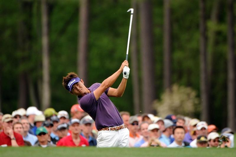 AUGUSTA, GA - APRIL 10:  Ryuji Imada of Japan hits his tee shot on the 12th hole during the second round of the 2009 Masters Tournament at Augusta National Golf Club on April 10, 2009 in Augusta, Georgia.  (Photo by Harry How/Getty Images)