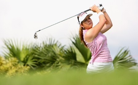 SINGAPORE - FEBRUARY 27:  Paula Creamer of USA tees off on the 11th hole during the Pro-Am prior to the start of the HSBC Women's Champions at Tanah Merah Country Club on February 27, 2008 in Singapore.  (Photo by Andrew Redington/Getty Images)