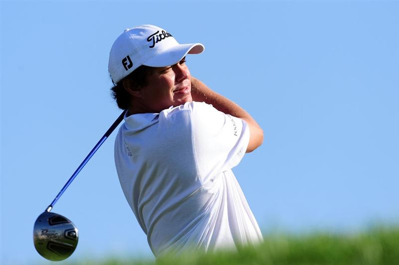 CHASKA, MN - AUGUST 12:  Jason Dufner hits a tee shot during the third preview day of the 91st PGA Championship at Hazeltine National Golf Club on August 12, 2009 in Chaska, Minnesota.  (Photo by Stuart Franklin/Getty Images)