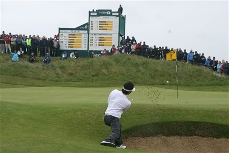 SOUTHPORT, UNITED KINGDOM - JULY 18:  Ryuji Imada of Japan plays a bunker shot on the 7th hole during the second round of the 137th Open Championship on July 18, 2008 at Royal Birkdale Golf Club, Southport, England.  (Photo by Andy Lyons/Getty Images)