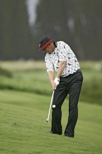 Kirk Triplett on the 4th hole during the first round of the Mercedes-Benz Championship held on the Plantation Course at Kapalua in Kapalua, Maui, Hawaii, on January 4, 2007. PGA TOUR - 2007 Mercedes-Benz Championship - First RoundPhoto by Sam Greenwood/WireImage.com