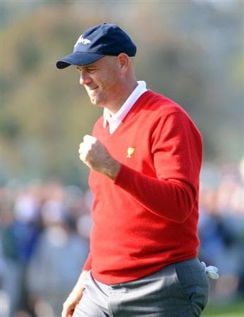SAN FRANCISCO - OCTOBER 08:  Stewart Cink of the USA Team celebrates his putt to win the hole on the 16th green during the Day One Foursome Matches of The Presidents Cup at Harding Park Golf Course on October 8, 2009 in San Francisco, California.  (Photo by Harry How/Getty Images)