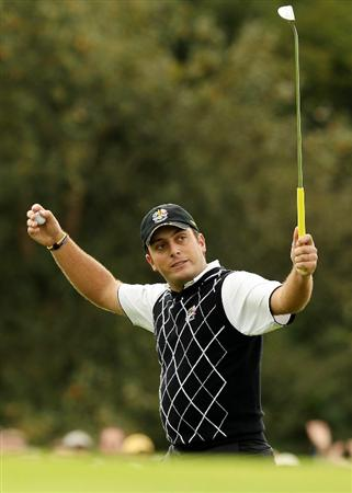 NEWPORT, WALES - OCTOBER 02:  Francesco Molinari of Europe reacts to a putt on the 14th green during the rescheduled Afternoon Foursome Matches during the 2010 Ryder Cup at the Celtic Manor Resort on October 2, 2010 in Newport, Wales.  (Photo by Ross Kinnaird/Getty Images)