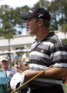 Peter Lonard signs autographs during the Pro-Am Wednesday, April 12, 2006, at Harbour Town Golf Links in Hilton Head Island, South Carolina.Photo by Mike Ehrmann/WireImage.com