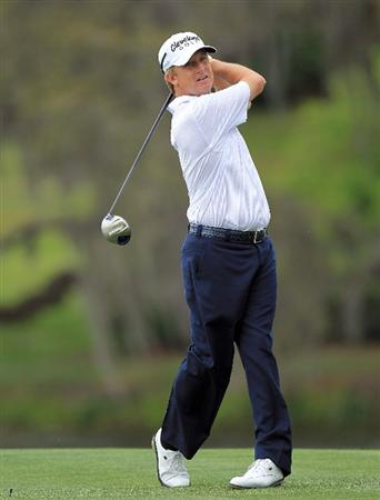 ORLANDO, FL - MARCH 26:  David Toms plays hie tee shot at the 16th hole during the third round of the 2011 Arnold Palmer Invitational presented by Mastercard at the Bay Hill Lodge and Country Club on March 26, 2011 in Orlando, Florida.  (Photo by David Cannon/Getty Images)