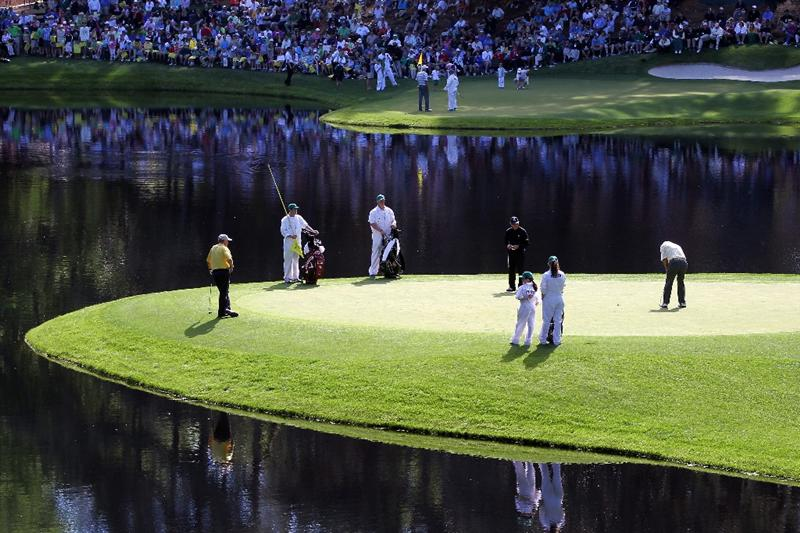 AUGUSTA, GA - APRIL 06:  Gary Player of South Africa putts during the Par 3 Contest prior to the 2011 Masters Tournament at Augusta National Golf Club on April 6, 2011 in Augusta, Georgia.  (Photo by Jamie Squire/Getty Images)