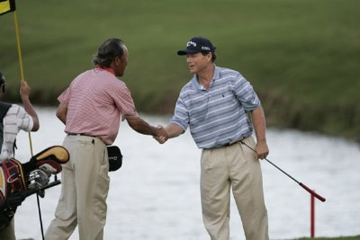 Isao Aoki and Tom Watson shake hands on #18 during the second round of the 2006 Turtle Bay Championship - Turtle Bay Resort,  Kahuku, Oahu, HawaiiPhoto by: Chris Condon/PGA TOUR