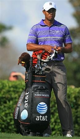ORLANDO, FL - MARCH 28:  Tiger Woods waits on the 15th tee during the third round of the Arnold Palmer Invitational at the Bay Hill Club & Lodge on March 28, 2009 in Orlando, Florida.  (Photo by Scott Halleran/Getty Images)