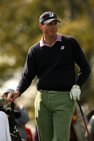VERONA, NY - OCTOBER 04:  Matt Kuchar waits to tee off on the 5th hole during the final round of the 2009 Turning Stone Resort Championship at Atunyote Golf Club held on October 4, 2009 in Verona, New York.  (Photo by Chris Trotman/Getty Images)