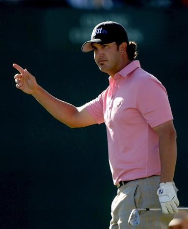 SCOTTSDALE, AZ - JANUARY 31:  Scott Piercy waves tgo the crowd as they cheer his tee shot on the 16th hole during the third round of the FBR Open on January 31, 2009 at TPC Scottsdale in Scottsdale, Arizona.  (Photo by Stephen Dunn/Getty Images)