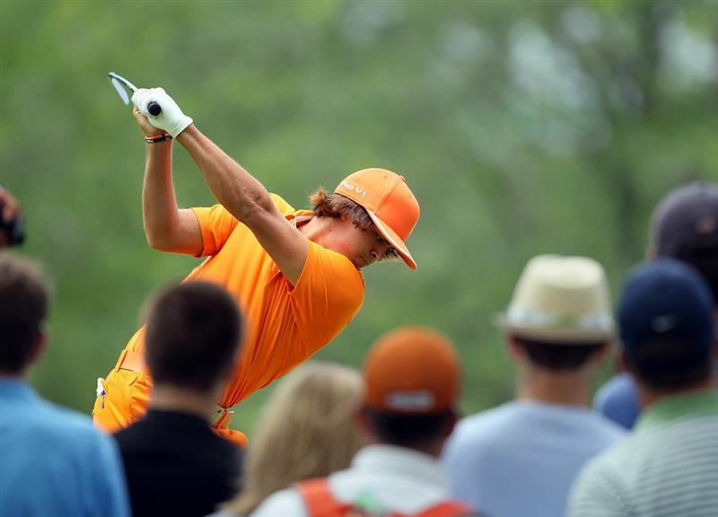 DUBLIN, OH - JUNE 06:  Rickie Fowler hits his tee shot on the fourth hole during the final round of The Memorial Tournament presented by Morgan Stanley at Muirfield Village Golf Club on June 6, 2010 in Dublin, Ohio.  (Photo by Andy Lyons/Getty Images)