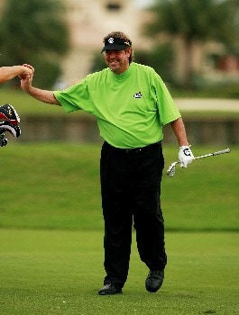 PORT SAINT LUCIE, FL - OCTOBER 26:  Steve Lowrey is congratulated by his caddie after an eagle from the fairway on the ninth hole during the second round of the Ginn Sur Mer Classic at Tesoro October 26, 2007 in Port Saint Lucie, Florida.  (Photo by Doug Benc/Getty Images)