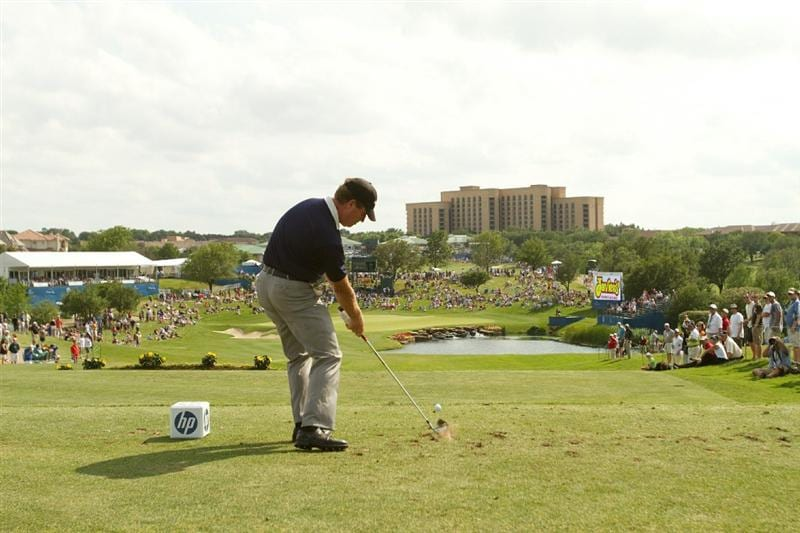 IRVING, TX - MAY 22: Steve Elkington of Australia hits a tee shot on the 17th hole during the third round of the HP Byron Nelson Championship at TPC Four Seasons Resort Las Colinas on May 22, 2010 in Irving, Texas. (Photo by Darren Carroll/Getty Images)