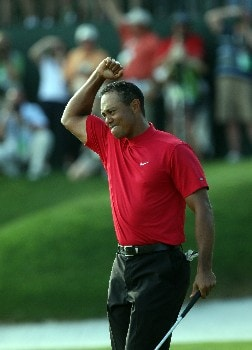 ORLANDO, FL - MARCH 16:  Tiger Woods of the USA celebrates making the winning birdie putt at the 18th hole during the final round of the 2008 Arnold Palmer Invitational presented by MasterCard at the Bay Hill Golf Club and Lodge, on March 16, 2008 in Orlando, Florida.  (Photo by David Cannon/Getty Images)