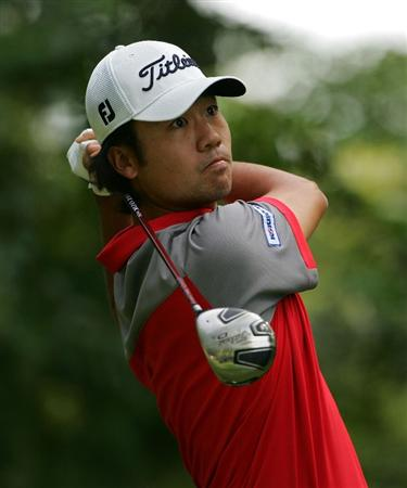 NORTON, MA - SEPTEMBER 07:  Kevin Na hits a drive during the final round of the Deutsche Bank Championship at TPC Boston held on September 7, 2009 in Norton, Massachusetts.  (Photo by Michael Cohen/Getty Images)