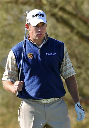 MARANA, AZ - FEBRUARY 24:  Lee Westwood of England evaluates his shot during the second round of the Accenture Match Play Championship at the Ritz-Carlton Golf Club on February 24, 2011 in Marana, Arizona.  (Photo by Stuart Franklin/Getty Images)