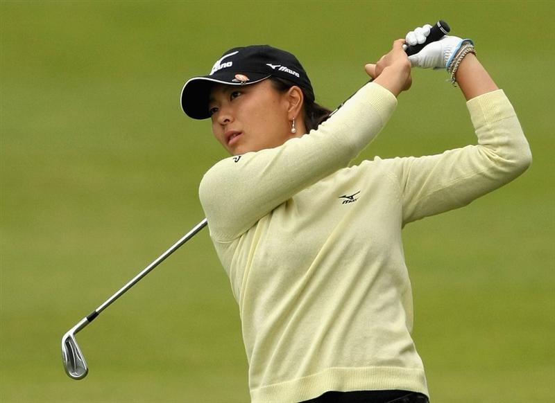 SHIMA, JAPAN - NOVEMBER 07:  Mayu Hattori of Japan hits her second shot on the 18th hole during the first round of 2008 Mizuno Classic at Kintetsu Kashikojima Country Club on November 7, 2008 in Shima, Mie, Japan.  (Photo by Koichi Kamoshida/Getty Images)