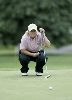 Becky Morgan lines up a putt during the second round of the 2005 Wegman's Rochester LPGA at Locust Hill Country Club in  Pittsford, New York on June 17, 2005.Photo by Michael Cohen/WireImage.com