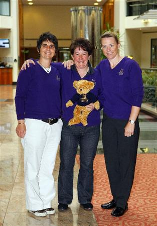 LONDON - MAY 13:  Alison Nicholas (C) the 2011 European Solheim Cup Captain (C) poses with her two newly appointed vice-captains Joanne Morley (L) and Annika Sorenstam (R) at Gatwick Airport on May 13, 2010 in London, England. (Photo by Tom Dulat/Getty Images)