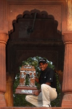 DELHI, INDIA - FEBRUARY 10:  S.S.P.Chowrasia of India with the trophy after the final round of the Emaar-MGF Indian Masters at the Delhi Golf Club, on February 10, 2008 in Delhi, India. (Photo by Stuart Franklin/Getty Images)