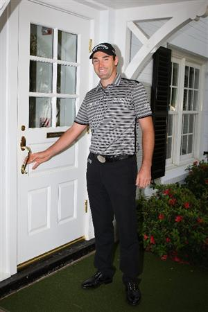 AUGUSTA, GA - APRIL 06:  Oliver Wilson of England smiles while entering the clubhouse during a practice round prior to the 2009 Masters Tournament at Augusta National Golf Club on April 6, 2009 in Augusta, Georgia.  (Photo by Andrew Redington/Getty Images)