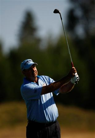 SUNRIVER, OR - AUGUST 23:  Brad Bryant hits his second shot on the 1st hole during the final round of the Jeld-Wen Tradition on August 23, 2009 at  the Crosswater Club at Sunriver Resort in Sunriver, Oregon.  (Photo by Jonathan Ferrey/Getty Images)
