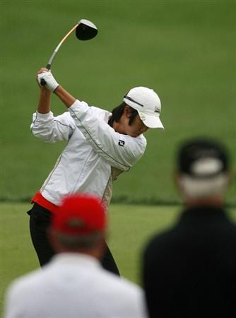 ROGERS, AR - SEPTEMBER 13:  Song-Hee Kim of South Korea hits her drive from the fourth tee during final round play in the P&G Beauty NW Arkansas Championship at the Pinnacle Country Club on September 13, 2009 in Rogers, Arkansas.  (Photo by Dave Martin/Getty Images)