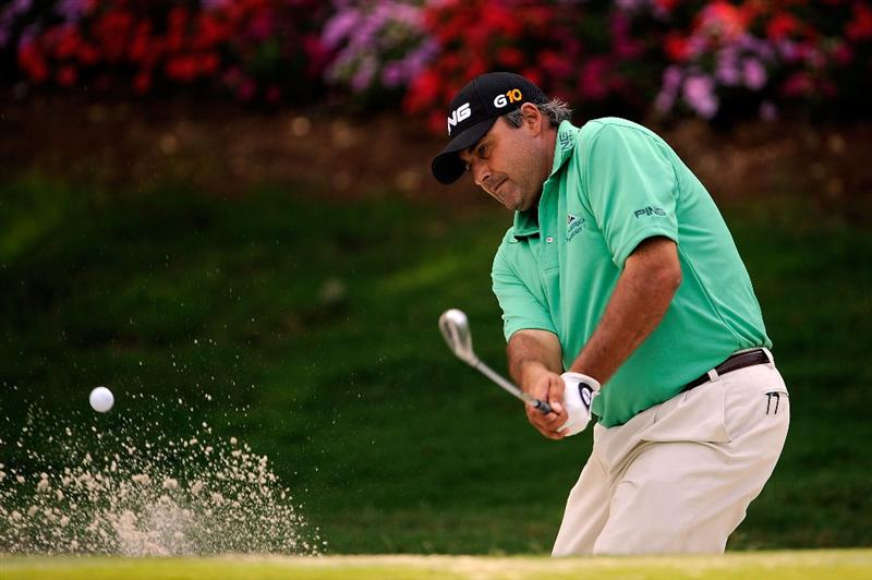 PONTE VEDRA BEACH, FL - MAY 06:  Angel Cabrera of Argentina hits a bunker shot during a practice round prior to the start of THE PLAYERS Championship on THE PLAYERS Stadium Course at TPC Sawgrass on May 6, 2009 in Ponte Vedra Beach, Florida.  (Photo by Sam Greenwood/Getty Images)