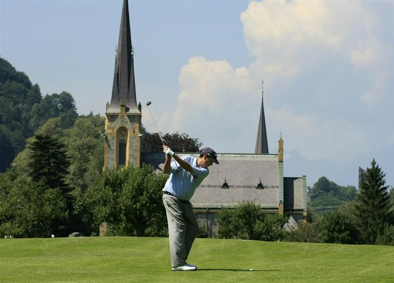 BAD RAGAZ, SWITZERLAND - AUGUST 08:  Bob Boyd of the USA in action on the 12th hole during the first round of the Bad Ragaz PGA Seniors Open played at Grand Resort Bad Ragaz on August 8, 2008 in Bad Ragaz, Switzerland.  (Photo by Phil Inglis/Getty Images)