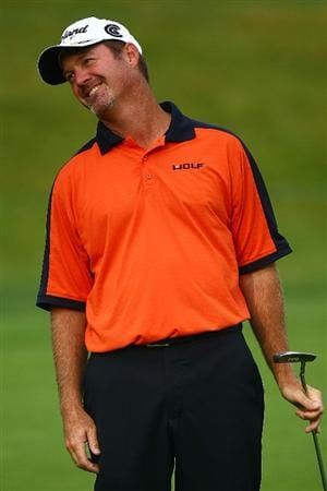 OAKVILLE, ONTARIO - JULY 25: Jerry Kelly reacts to a missed putt on the 16th green during round two of the RBC Canadian Open at Glen Abbey Golf Club on July 25, 2009 in Oakville, Ontario, Canada.  (Photo by Chris McGrath/Getty Images)