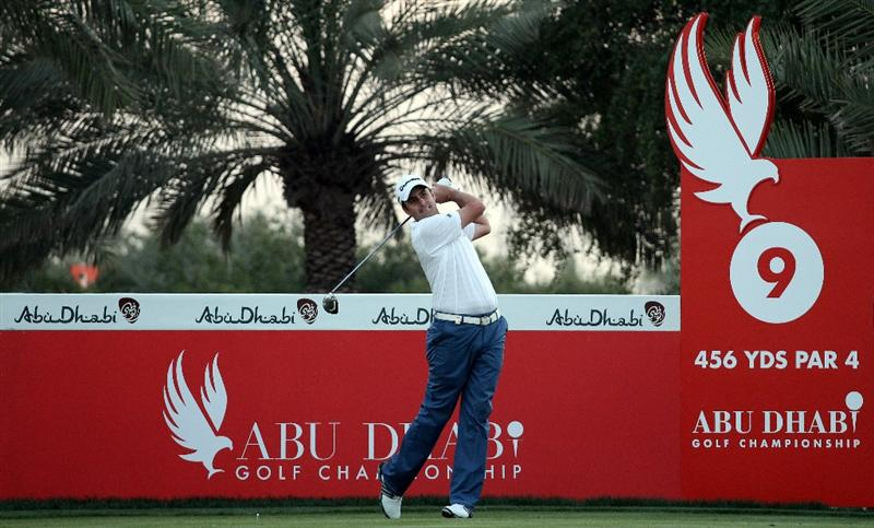 ABU DHABI, UNITED ARAB EMIRATES - JANUARY 21:  Richard Bland of England on the par four 9th hole during the first round of the Abu Dhabi Golf Championship at Abu Dhabi Golf Club on January 21, 2010 in Abu Dhabi, United Arab Emirates.  (Photo by Ross Kinnaird/Getty Images)