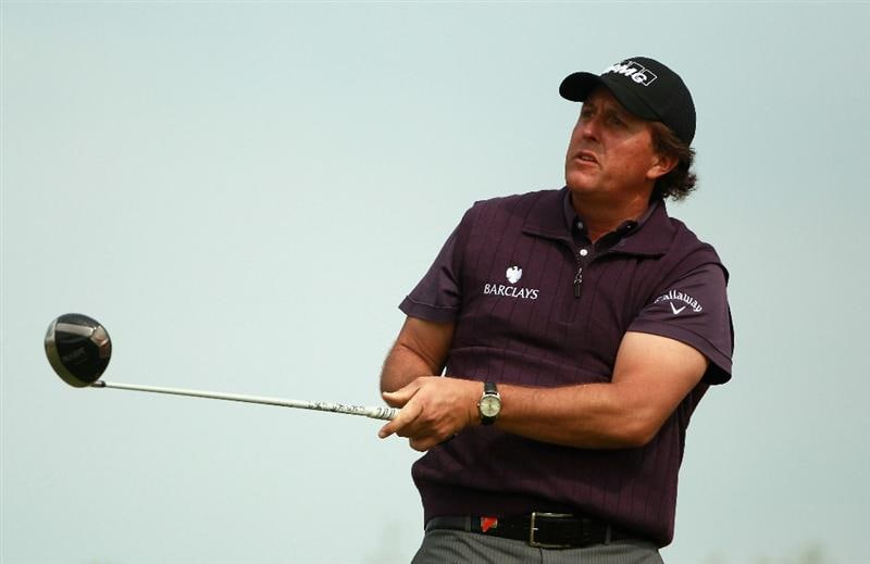 ABU DHABI, UNITED ARAB EMIRATES - JANUARY 23:  Phil Mickelson of the USA in action during the final round of The Abu Dhabi HSBC Golf Championship at Abu Dhabi Golf Club on January 23, 2011 in Abu Dhabi, United Arab Emirates.  (Photo by Andrew Redington/Getty Images)