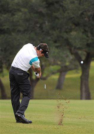 SAN ANTONIO- OCTOBER 12: Mark Wilson hits his approach shot over the trees on the 3rd hole during the  fourth and final round of the Valero Texas Open held at La Cantera Golf Club on Sunday, October 12, 2008 in San Antonio, Texas.  (Photo by Marc Feldman\Getty Images)