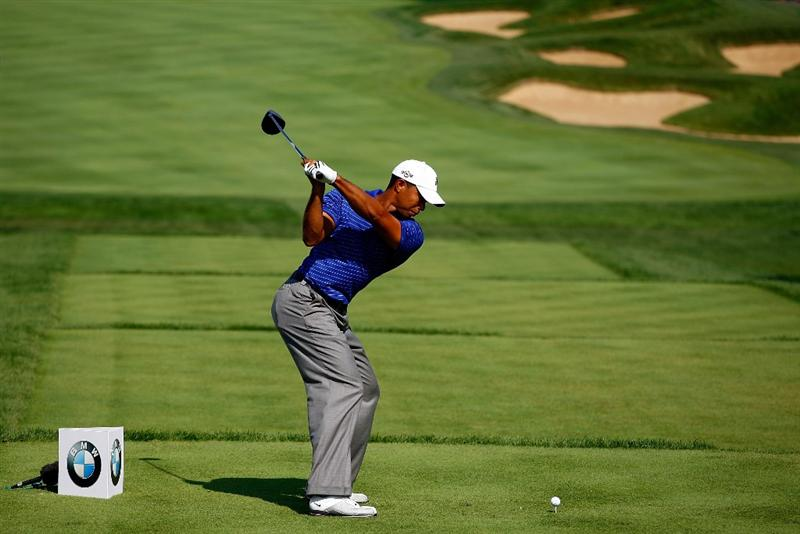 LEMONT, IL - SEPTEMBER 10:  Tiger Woods hits his tee shot on the fifth hole during the first round of the BMW Championship held at Cog Hill Golf & CC on September 10, 2009 in Lemont, Illinois.  (Photo by Scott Halleran/Getty Images)