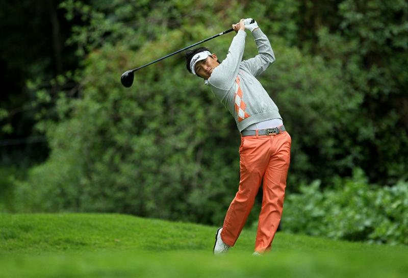 PACIFIC PALISADES, CA - FEBRUARY 18:  Ryuji Imada of Japan hits his tee shot on the 12th hole during round two of the Northern Trust Open at Riviera Country Club on February 18, 2011 in Pacific Palisades, California.  (Photo by Stephen Dunn/Getty Images)