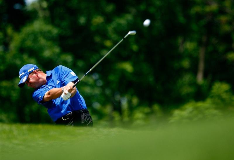 DUBLIN, OH - JUNE 07:  Matt Bettencourt his tee shot on the third hole during the final round of the Memorial Tournament at the Muirfield Village Golf Club on June 7, 2009 in Dublin, Ohio.  (Photo by Scott Halleran/Getty Images)