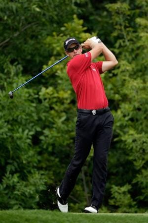 CHASKA, MN - AUGUST 15:  Henrik Stenson of Sweden hits his tee shot on the tenth hole during the third round of the 91st PGA Championship at Hazeltine National Golf Club on August 15, 2009 in Chaska, Minnesota.  (Photo by Jamie Squire/Getty Images)