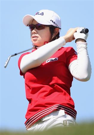 PHOENIX - MARCH 27:  Eun-Hee Ji of South Korea tees off on the 17th hole during the second round of the J Golf Phoenix LPGA International golf tournament at Papago Golf Course on March 27, 2009 in Phoenix, Arizona.  (Photo by Christian Petersen/Getty Images)