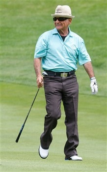 CROMWELL, CT - JUNE 18: Actor Joe Pesci heads down the first fairway during the Travelers Championship Pro-Ams at the TPC River Highlands on June  18, 2008 in Cromwell, Connecticut. (Photo by Jim Rogash/Getty Images)