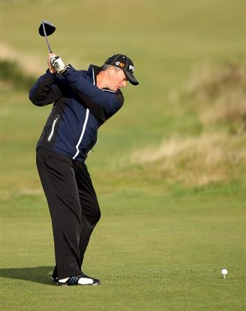 ST ANDREWS, SCOTLAND - OCTOBER 01:  Steve Waugh , Australian cricket great, hits his tee-shot on the third hole during the first round of The Alfred Dunhill Links Championship at The Old Course on October 1, 2009 in St. Andrews, Scotland.  (Photo by Andrew Redington/Getty Images)