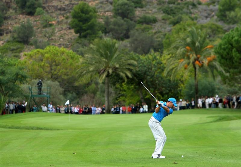 CASTELLO, SPAIN - OCTOBER 25:  Sergio Garcia of Spain plays his approach shot on the third hole during the third round of the Castello Masters Costa Azahar at the Club de Campo del Mediterraneo on October 25, 2008 in Castello, Spain.  (Photo by Stuart Franklin/Getty Images)